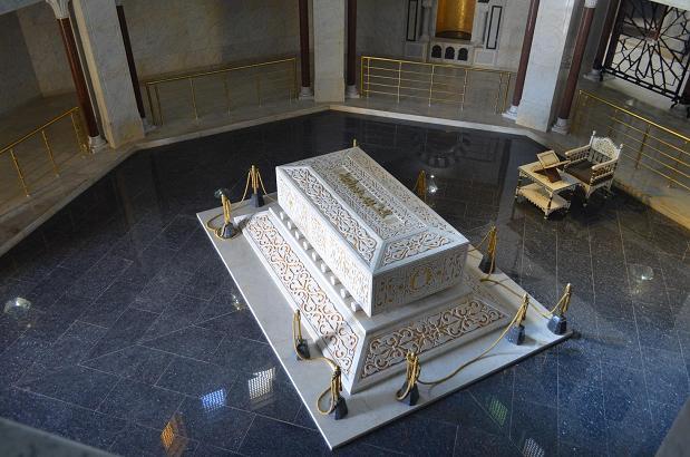 монастир достопримечательности самостоятельно посмотреть